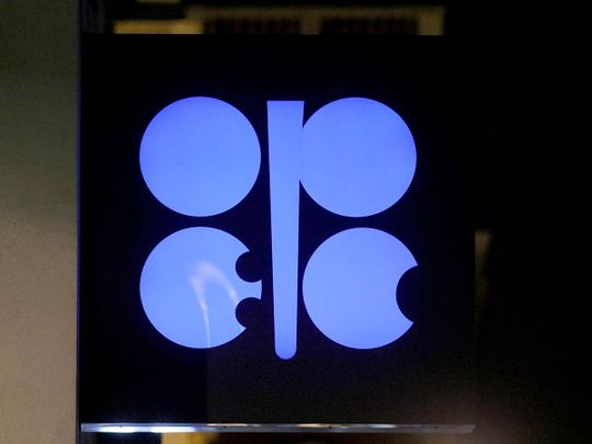 oil-rises-for-sixth-week-with-opec+-supply-dispute-dragging-on