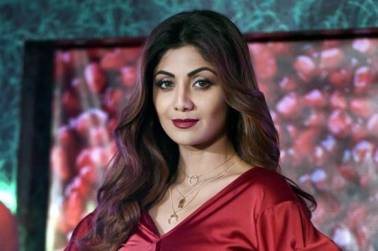 raj-kundra-arrest:-erotica-is-not-porn,-claims-bollywood-star-shilpa-shetty